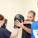 Ellenbogenstoß, Pratzentraining, Wing Tzun, Fitness, Gesundheit, Gleichgewicht, Power, Training, Kardiotraining