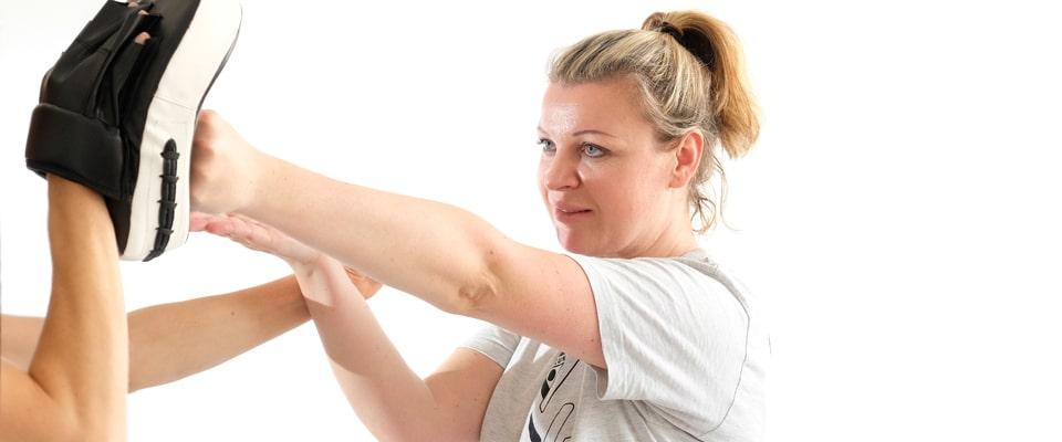 Fachschule für Selbstverteidigung Training für Frauen